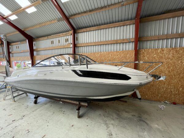 Bayliner VR5 Cuddy 1
