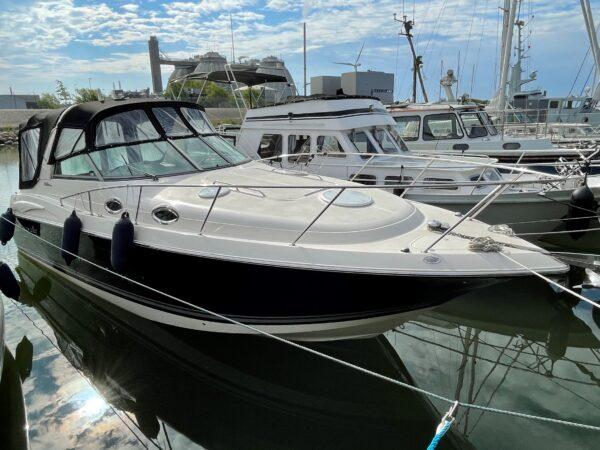 Monterey 302 Cruiser 1