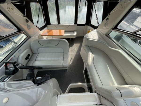 Monterey 302 Cruiser 7