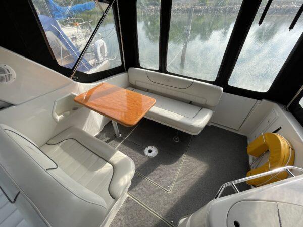 Monterey 302 Cruiser 8