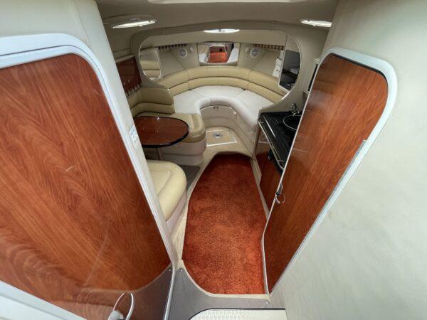 Monterey 302 Cruiser 13