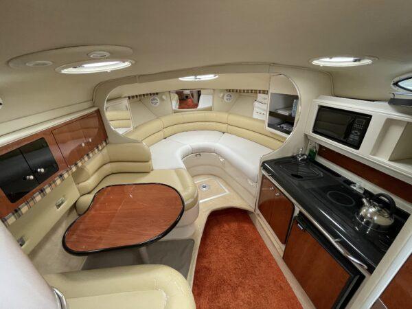Monterey 302 Cruiser 15