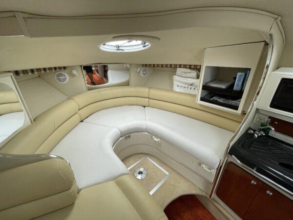 Monterey 302 Cruiser 16