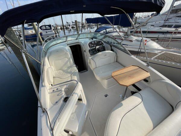 Monterey 250 Cruiser 9