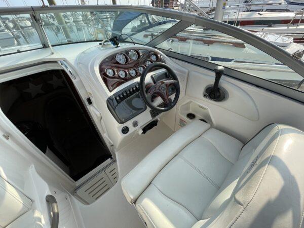 Monterey 250 Cruiser 10