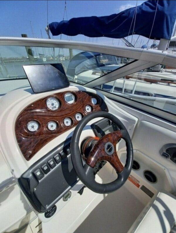 Monterey 250 Cruiser 11